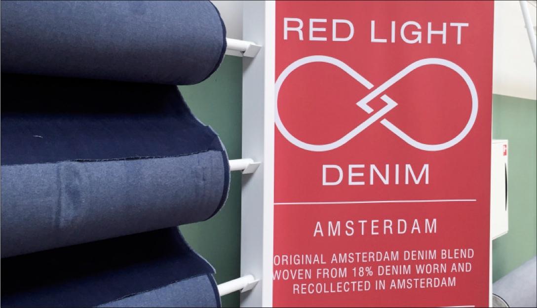 Red light denim -