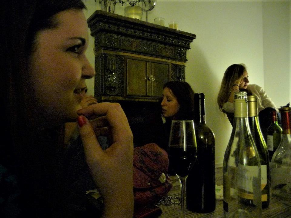 chatting.jpg