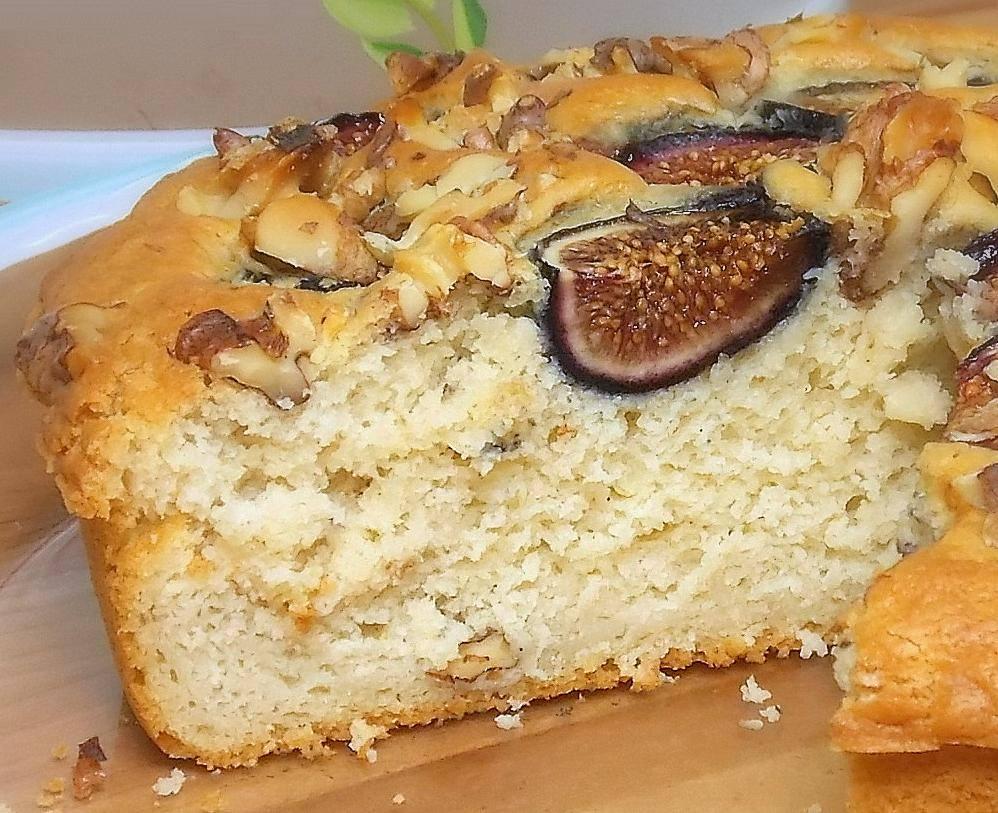 Figs Cake Salento Travel.jpg