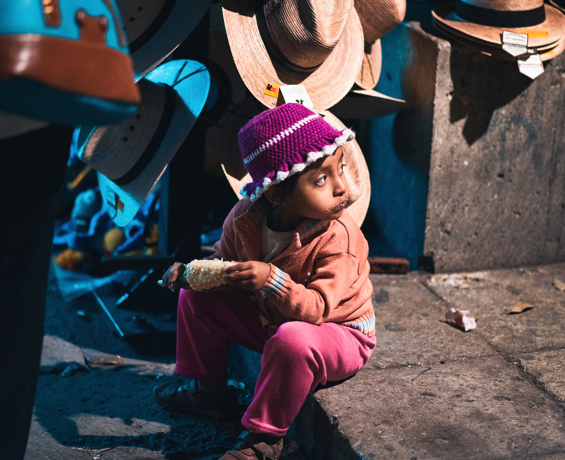 girl-eating-corn_oaxaca_crockett_2015_5180.jpg