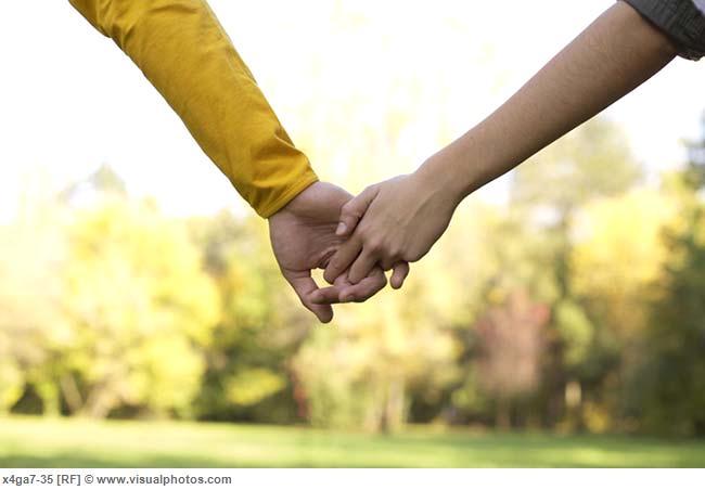 teenage_couple_hand_in_hand_part_of_close-up_x4ga7-35.jpg