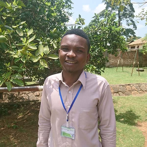 Elisante Metta – Programme Officer   Mehta is a graduate with a degree in nutrition from Sokoine University in Morogoro. Before joining CDO, in January 2018, he was a volunteer at Human Aids Concern and Care. He is responsible for the implementation and running of all The Changarawe Project's initiatives.