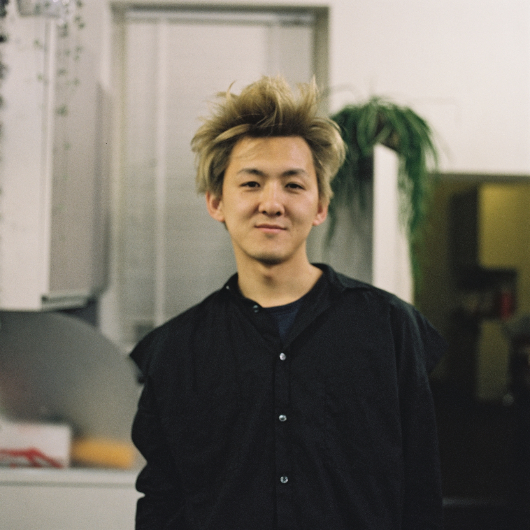 The Holiday!! - The Director TAIKI will take holiday from 17th to 25th of June, and he will be back to the salon from on Wednesday the 26th. During his holiday, the salon open as normal, book your appointment with our creative and senior stylist.Hope you all enjoy the day!! See you soon!!