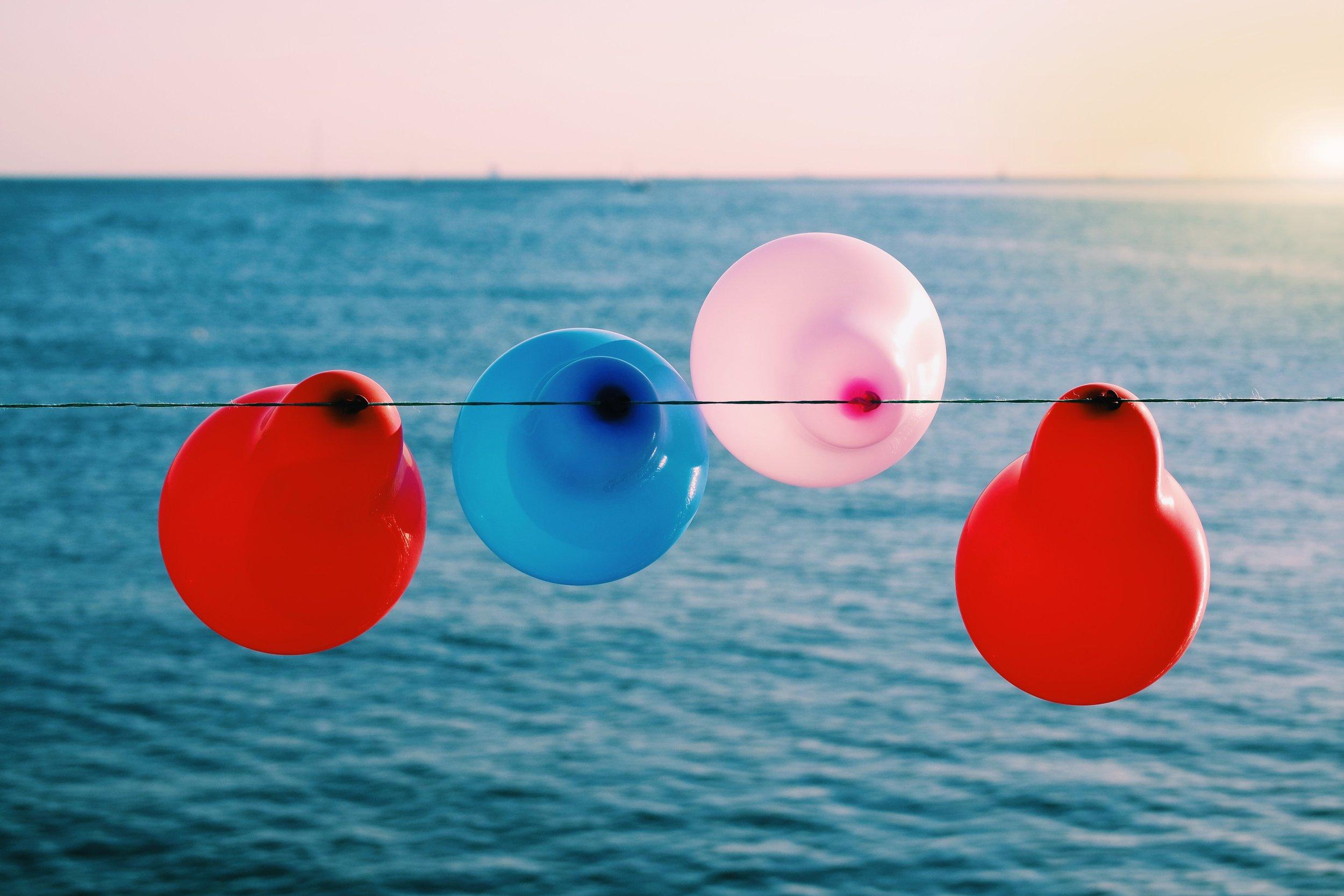 anniversary-balloons-birthday-68369.jpg