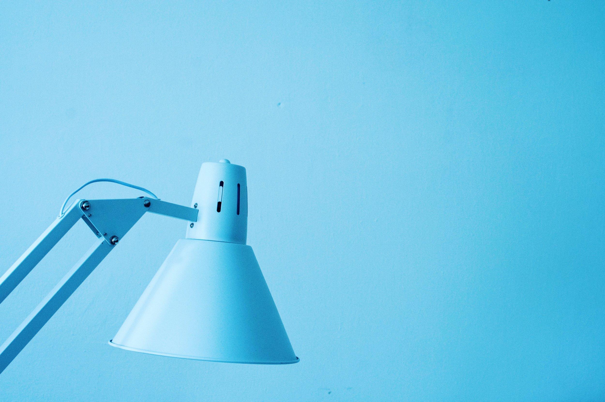 close-up-desk-lamp-justifyyourlove-823841.jpg