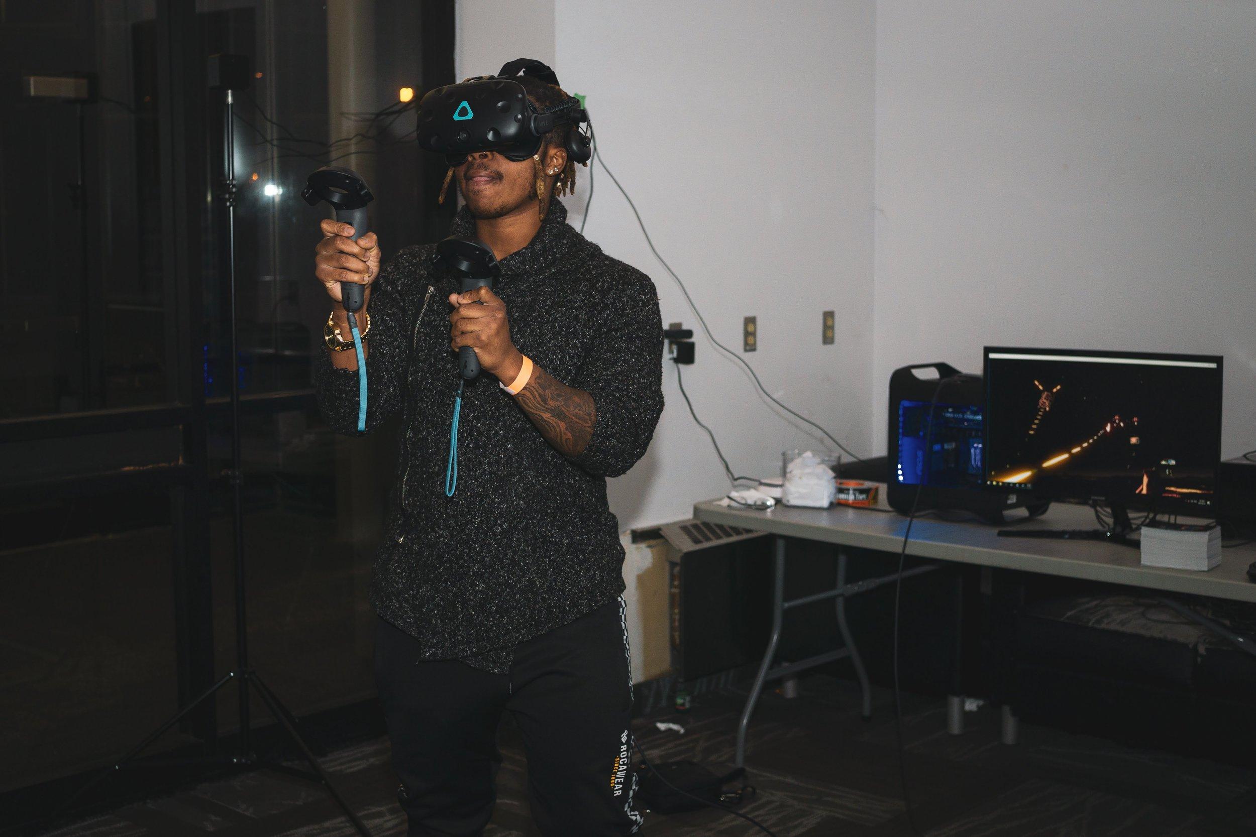 VR demonstration courtesy of CTRL V Brampton at META Brampton (September 2018)