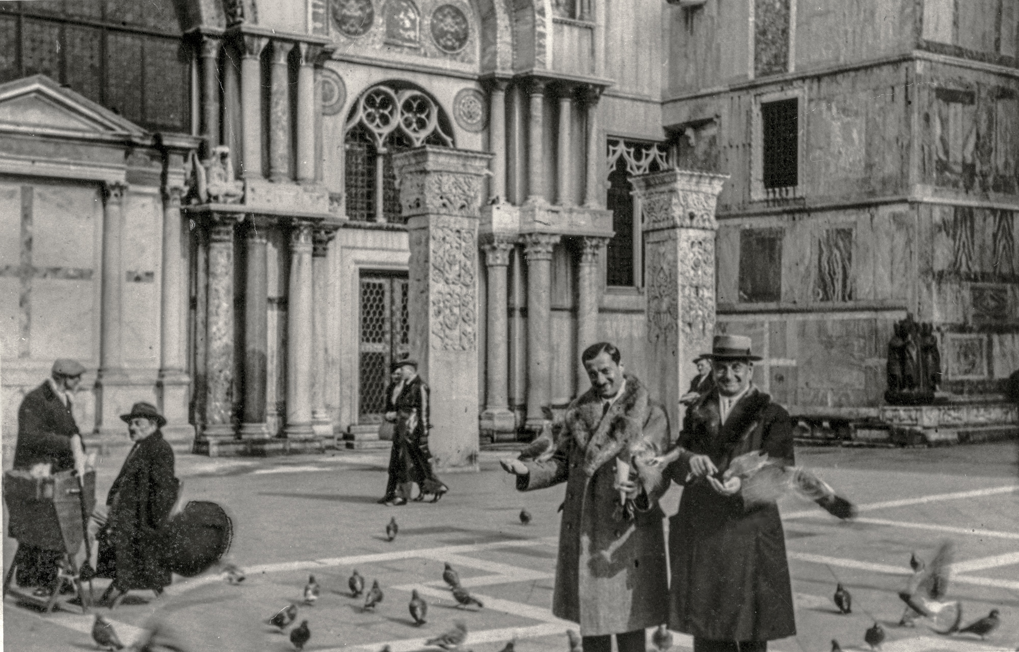 Robert and Otto Kupfer, Piazza San Marco, ca 1935.