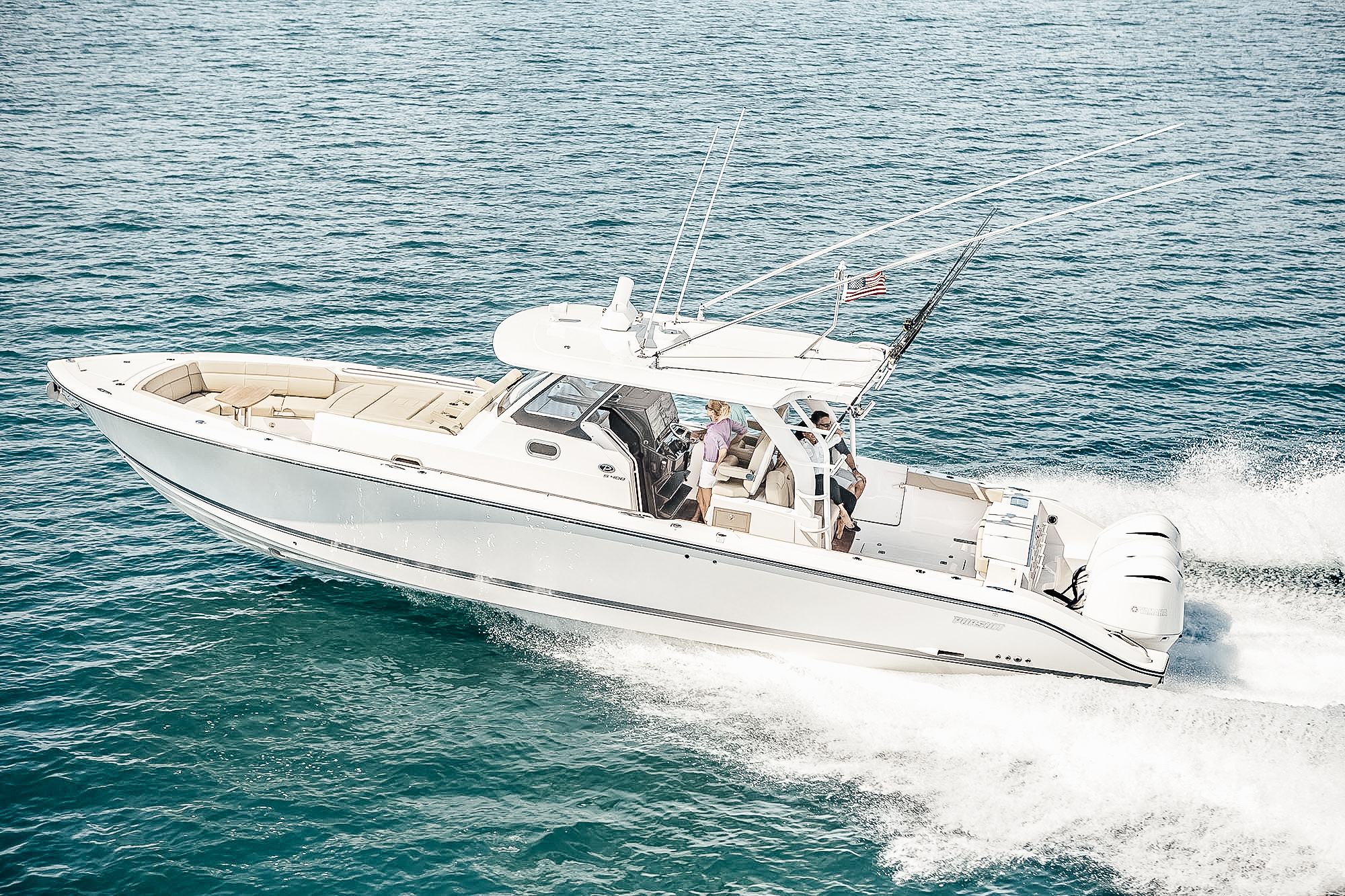 SPORT - Pursuit's sport series beckons big-game fisherman and families alike. A true center console footprint that delivers across the board.S 408S 368S 328S 288