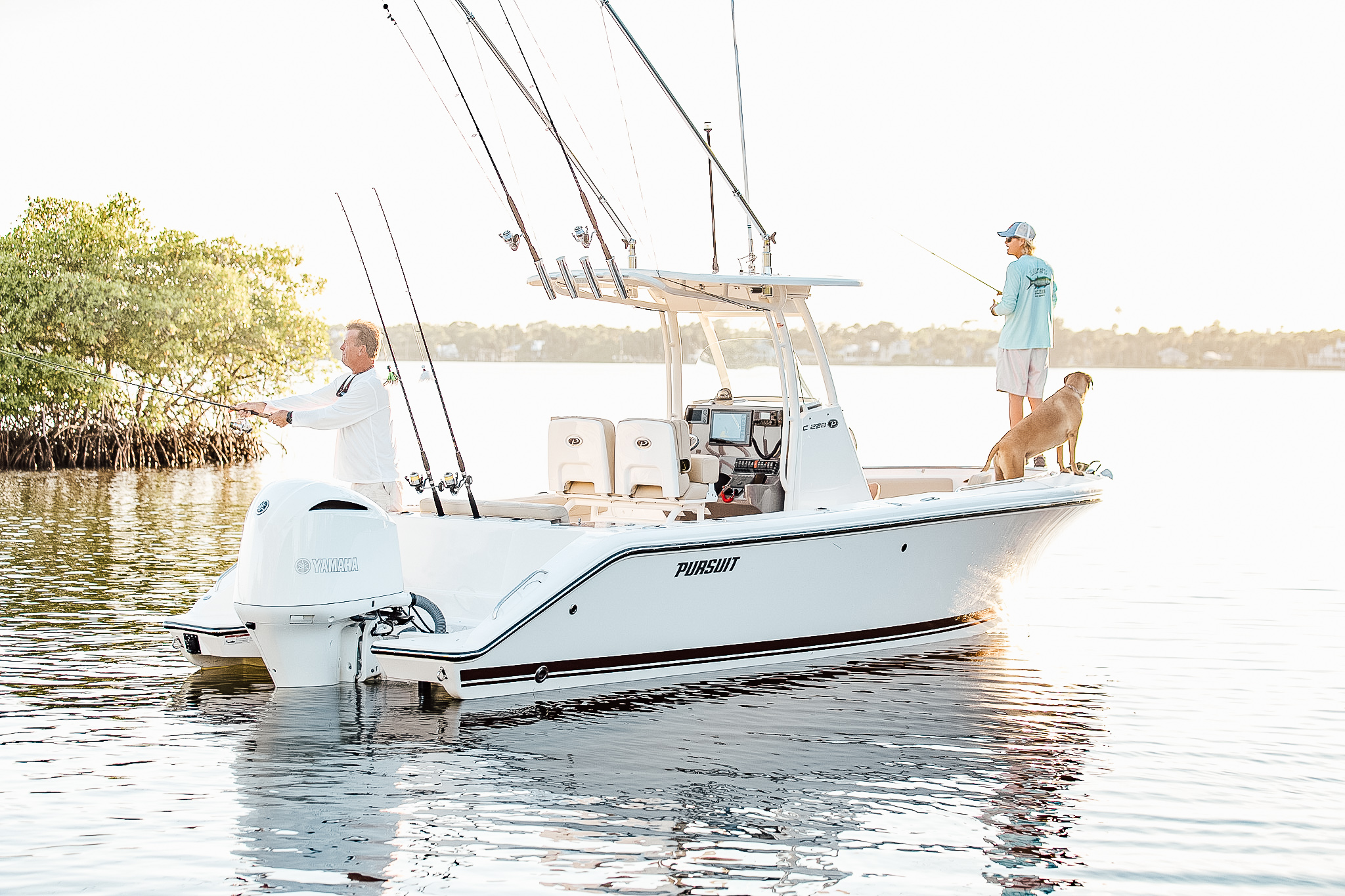 PURSUIT - Pursuit offers incomparable fishing and cruising boats from 20-40+ feet. Renowned for their masterful engineering, yacht-quality amenities, rugged durability, and innovative styling, it's a high quality product.