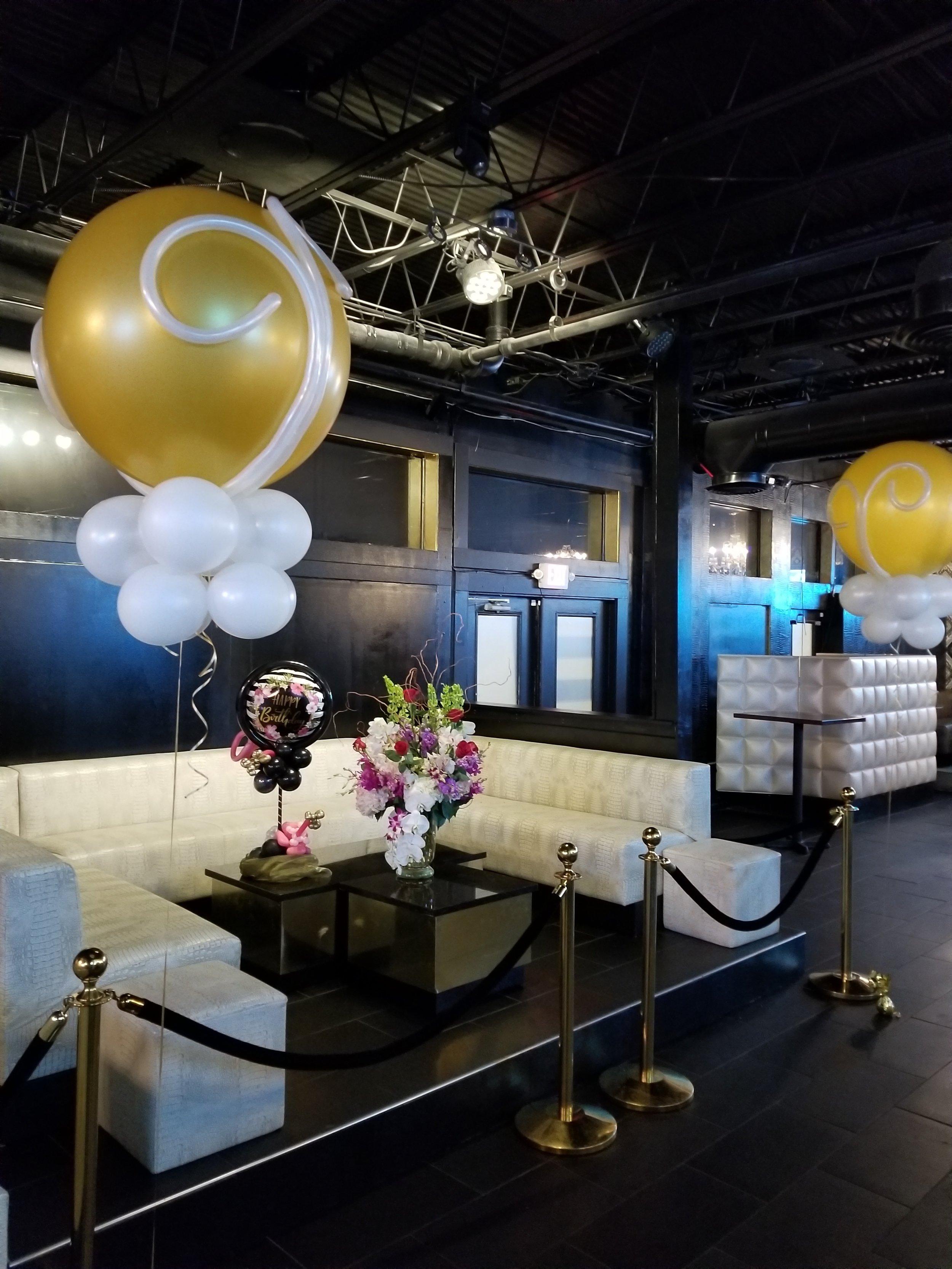 Lounge balloons.jpg