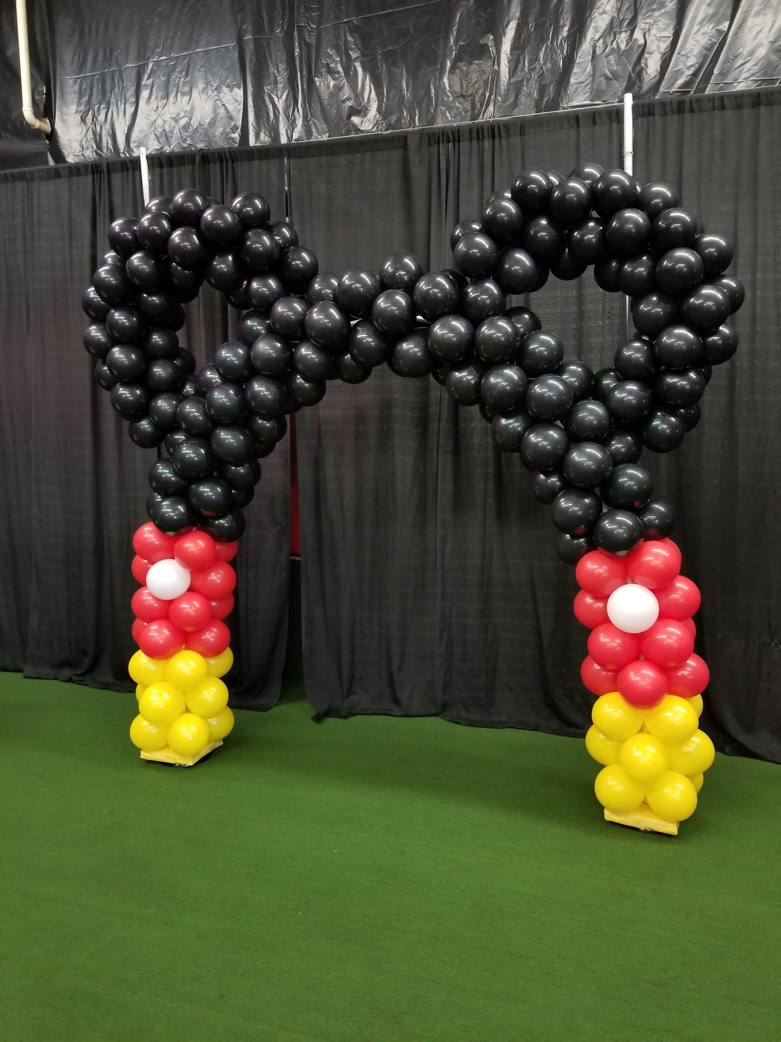 Mickey Mouse balloon arch .jpg