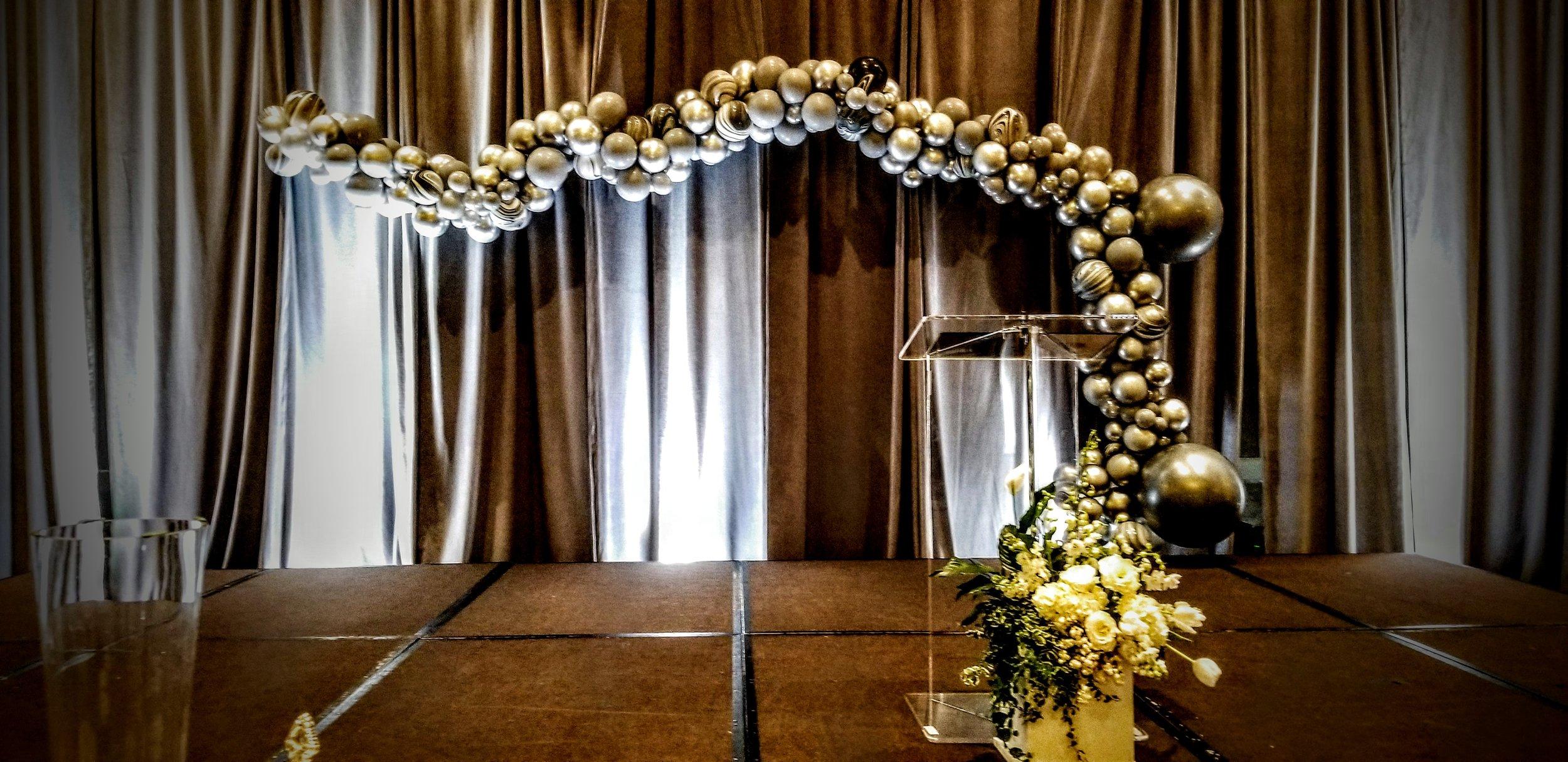 Silver chrome organic balloon arch.jpg