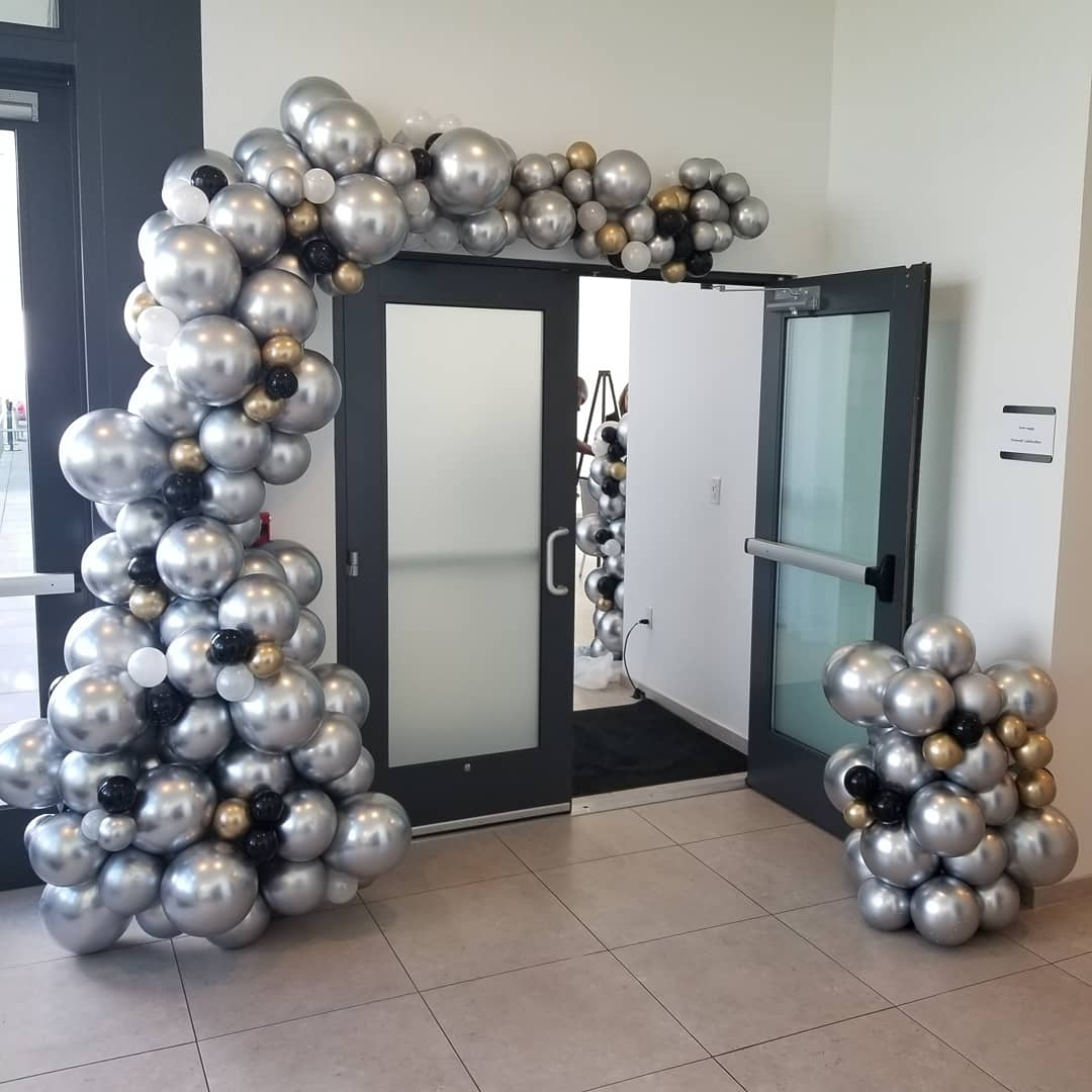 All balloons aren't the same!! - We take pride in finding innovative ways to decorate our clients events. You tell us the occassion and we handle the rest! Don't have the time to decorate, no problem, we deliver, setup and strike. Need to make a statement, no worries, the wow factor is only one click away!