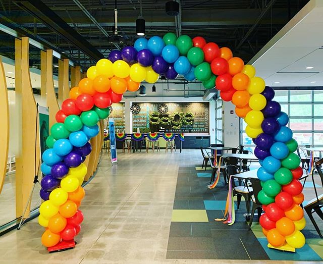 Office space is can be so much fun with balloons 🎈🎈