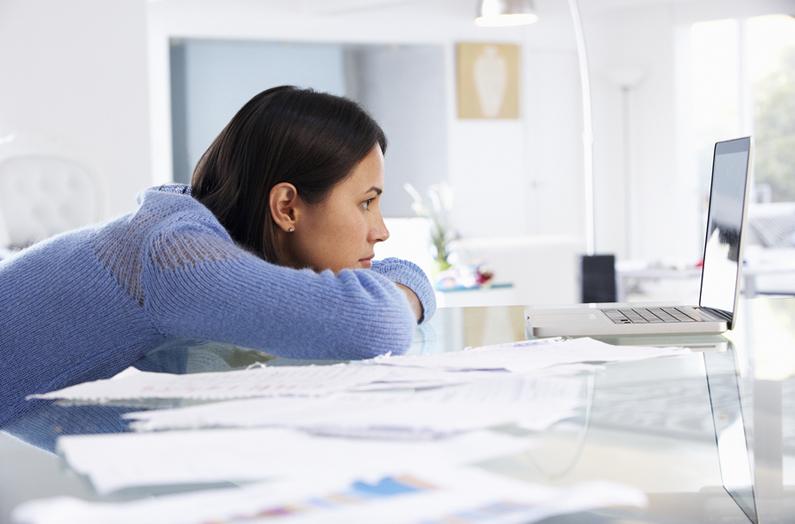woman-finances.jpg