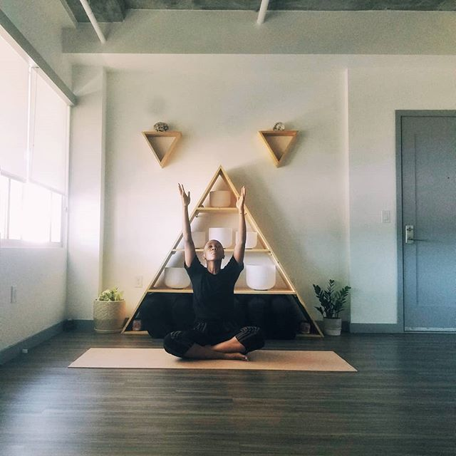 Have you taken a class with Kiara yet? 🧘‍♀️ She's here Thursday evenings for Phoenician Flow and Sundays for Mellow Yoga and Stretch! Her knowledge, warmth, and heart centered teaching is what we love most about her. 💗 What do you look for in a Yoga Instructor? 😍 . . . . #yogaeverydamnday #yogi #yogini #yogastudio #yogaphoenix #stretch #meditate #meditation #soundhealing #relax #dtphx #myphx #yogainstructor #selflove