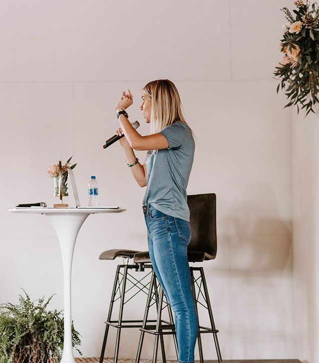 """Actual footage of me preaching to myself this morning. Okay not really but it's pretty close. . . Woke up this morning feeling so fearful and anxious about things I can't control. One word was the root problem: scarcity. . . """"Never enough time. Never enough money. What if we're not prepared enough? What if our health fades? What's coming that we can't see?"""" . . Then God hit me right in the face with this reminder while we were talking on our morning dog walk. """"You're not feeling grateful enough. Feelings of scarcity and gratitude cannot coexist."""" . . Oh, friend can I get an amen for how good that is? We can't feel like we're coming up short when we're basking in thanksgiving for all God has done and has yet to do. . . I'm grateful for another week full of steps to get me where I'm supposed to be and the margin for God to take control of the things I can't. . . 📸@restoringmoore at this year's @wheatfulwomanevent"""