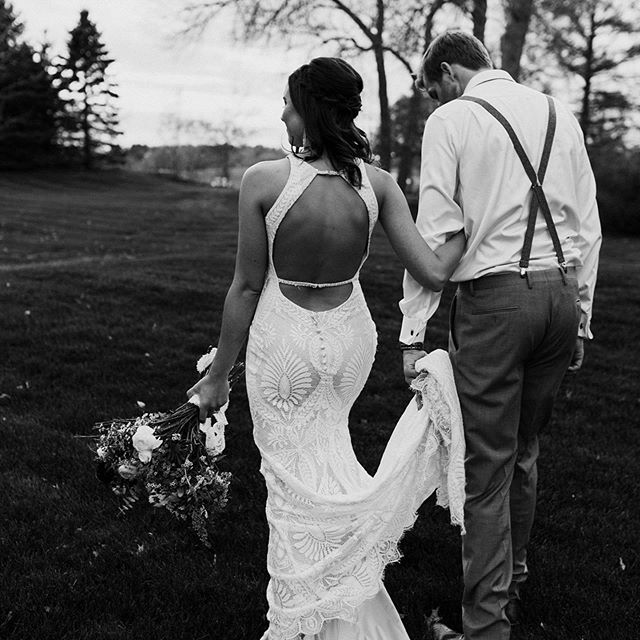 First wedding of the season and this day could not have been more perfect. Will + Theresa are married!!! - - - - - - - - - #engaged #destinationphotographer #couple #couplegoals #shesaidyes #adventurouslovestories #photographer #marriage #ndmnbride #destinationwedding #videographer #minnesotabride #Minnesotaphotographer #mnbrides #elopement #elopementphotographer #weddingphotography #weddingphotographer #bride #muchlove_ig #amazing_loveee #authenticlovemag #loveandwildhearts #bridetobe2019 #mnweddingphotographer #firstsandlasts #ohlovelyday #midwestlovestories #wedmsp #weddingpioneer