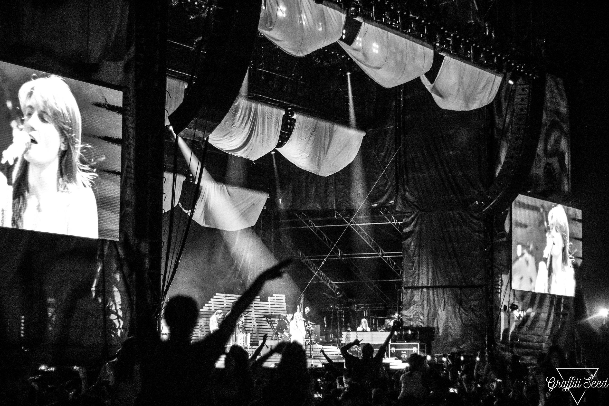 Florence + The Machine _ Grandoozy 2018 _ www.GraffitiSeed.com 2.jpg
