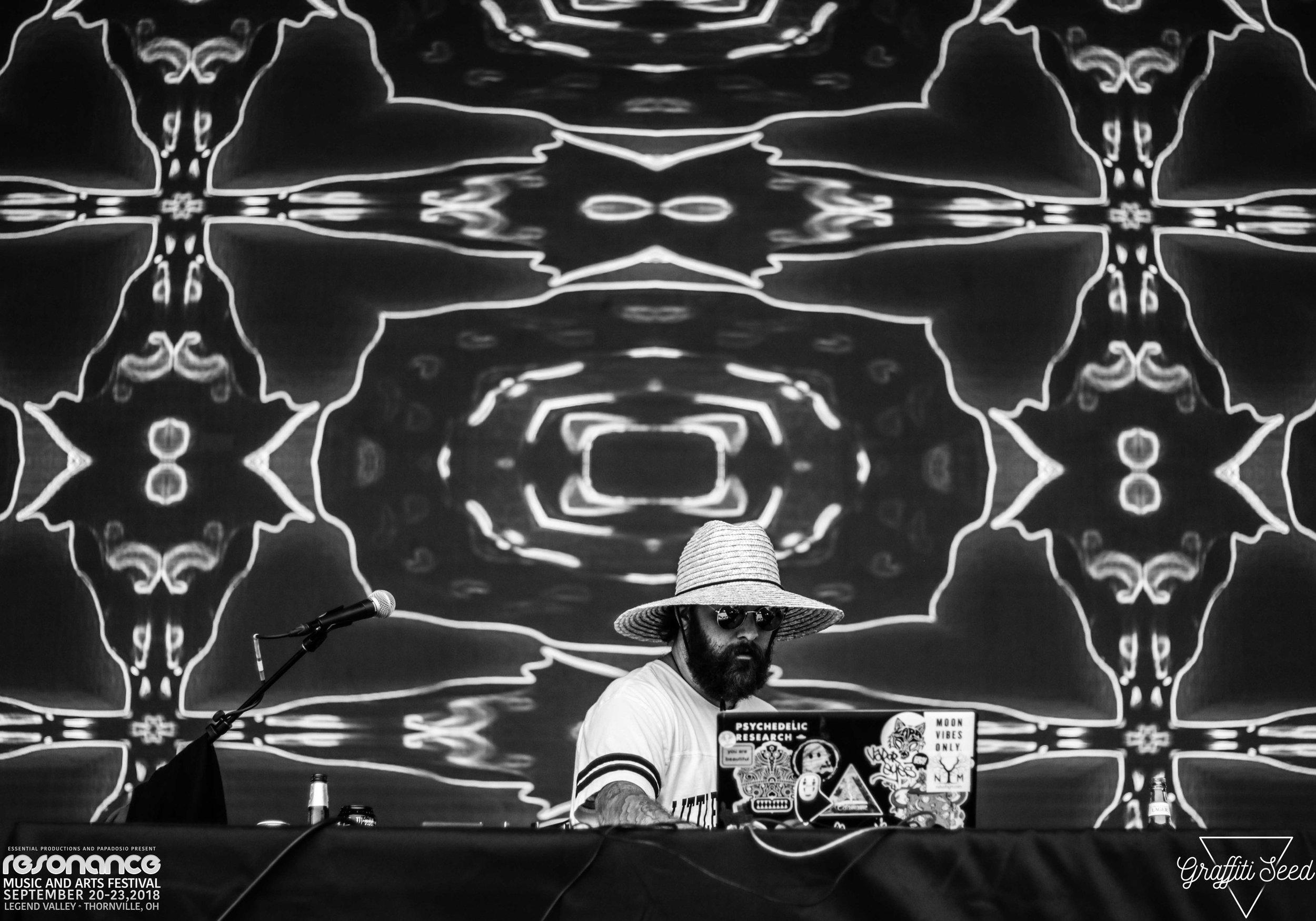 Edamame  _ Resonance Music Festival 2018 _ www.GraffitiSeed.com 3.jpg
