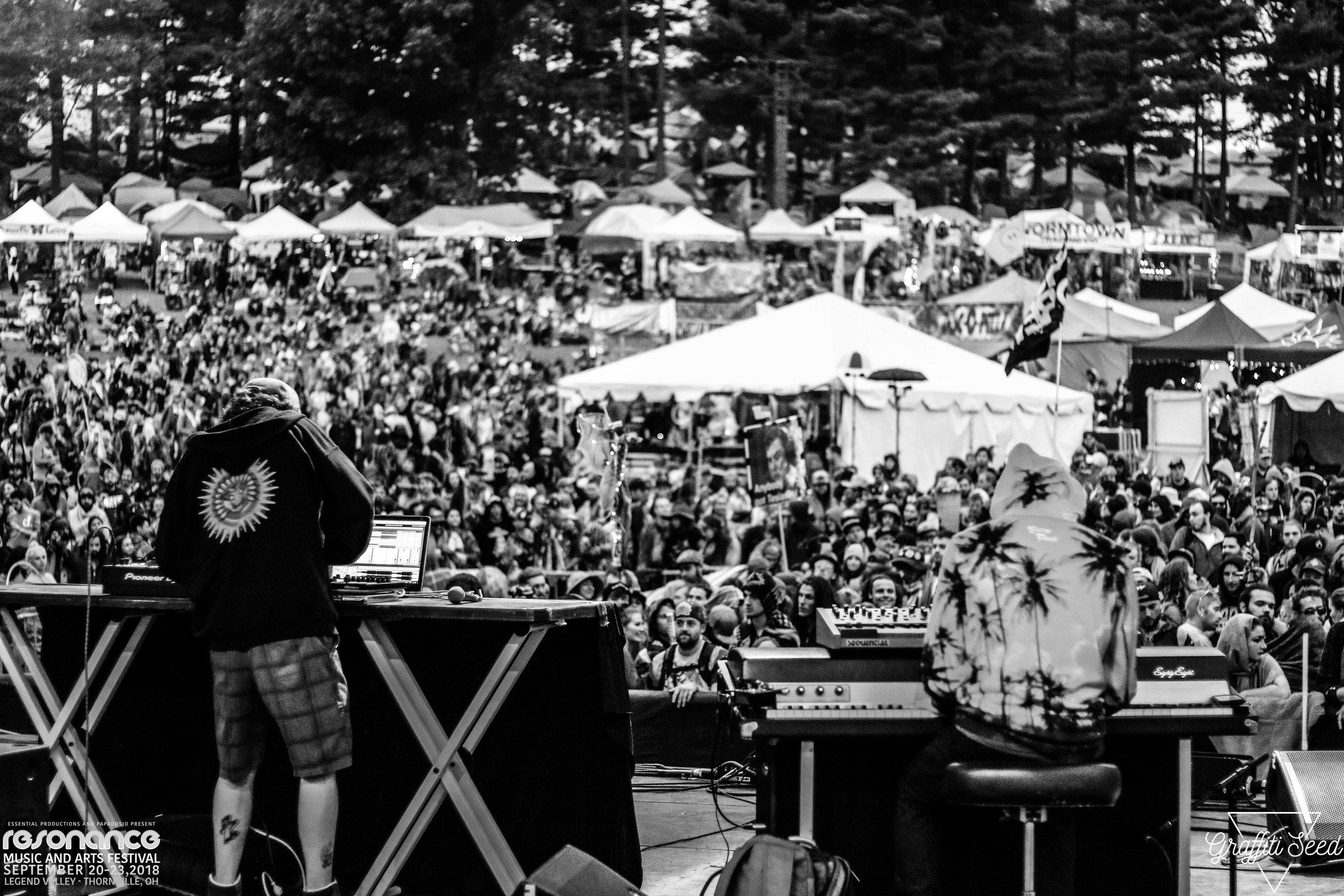 MANIC FOCUS  _ Resonance Music Festival 2018 _ www.GraffitiSeed.com 9.jpg