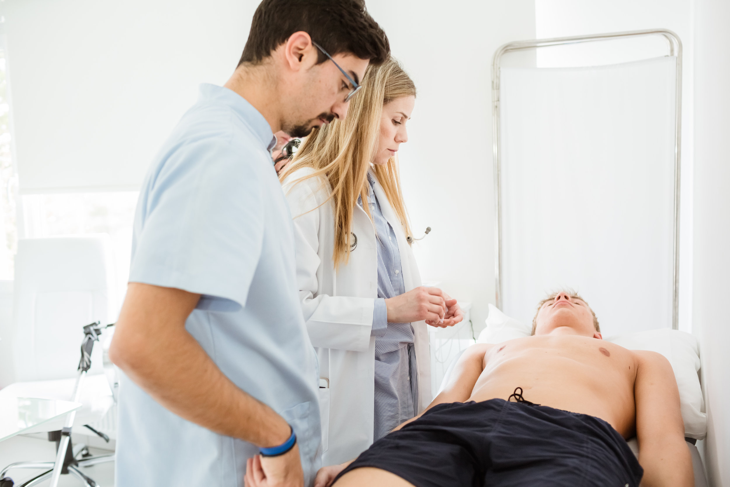 athlete-rehabilitation-medical-exam.jpg