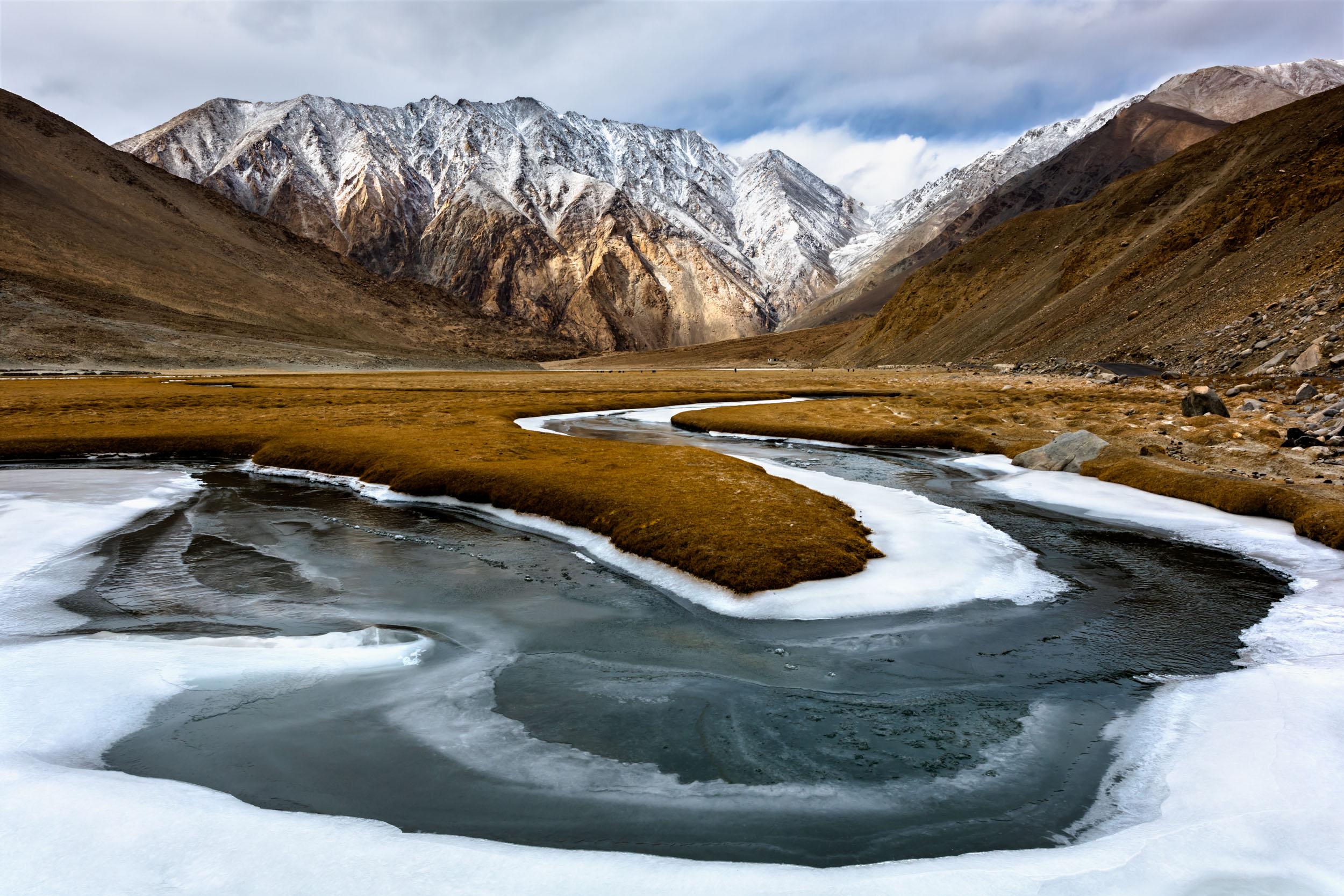 Frozen Streams in Hialayas,Leh, Jammu and Kashmir