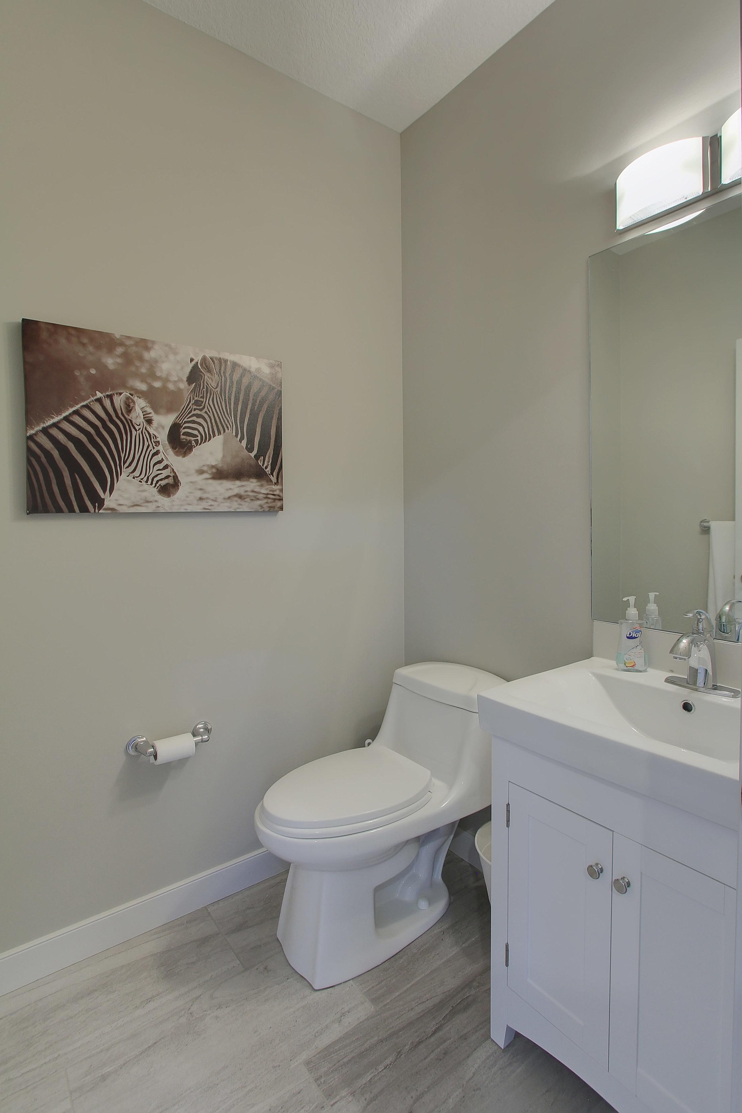 6612 53 Ave Beaumont AB T4X-print-009-46-Bathroom-2800x4200-300dpi.jpg