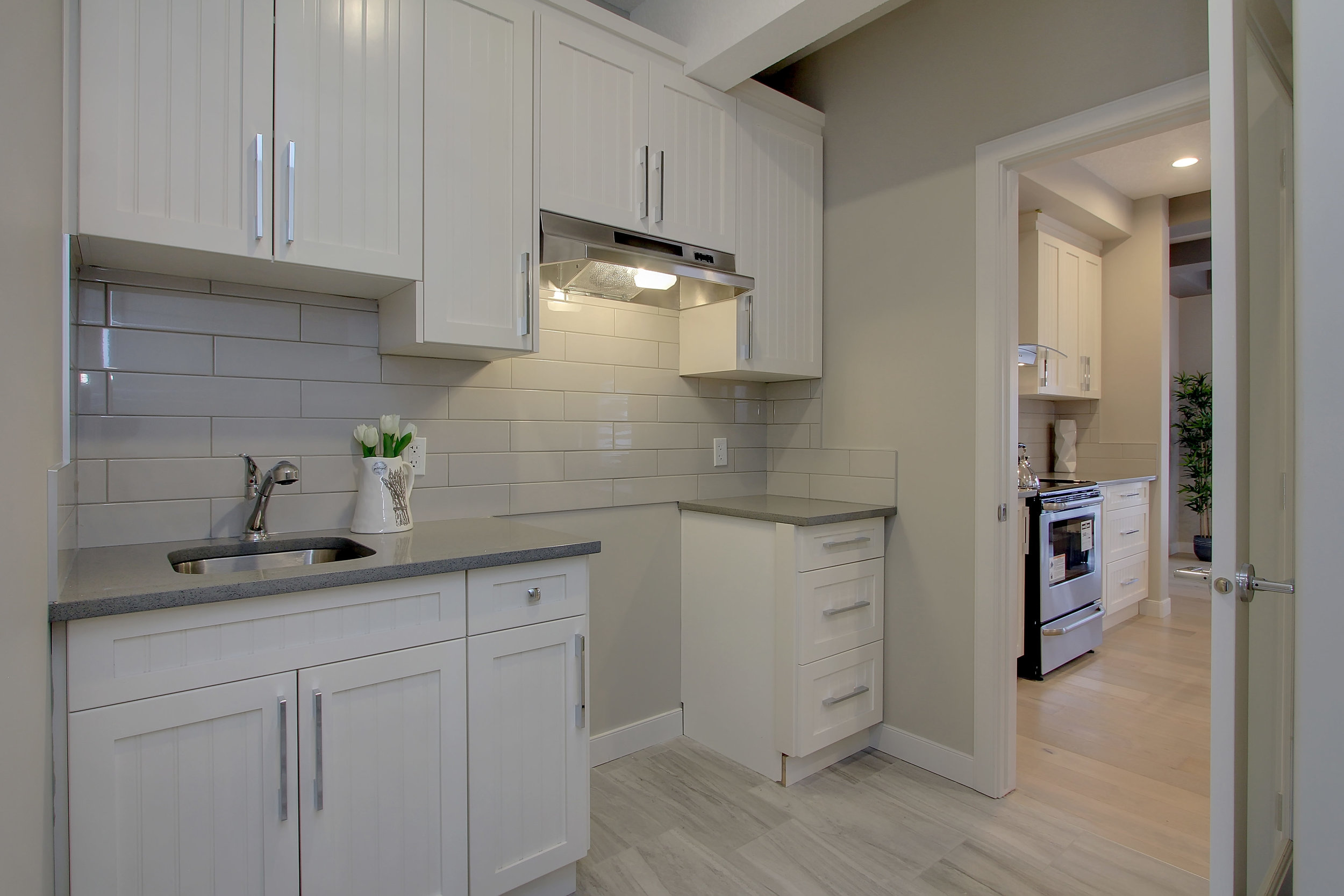 6612 53 Ave Beaumont AB T4X-print-022-103-Chefs Kitchen-4200x2800-300dpi.jpg