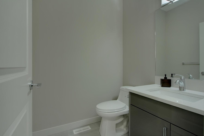6606 53 Ave Beaumont AB T4X-large-008-96-Bathroom-1500x1000-72dpi.jpg