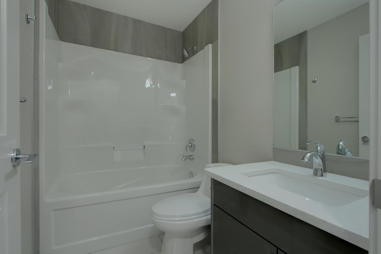 6606 53 Ave Beaumont AB T4X-large-031-108-Bathroom-1500x1000-72dpi.jpg