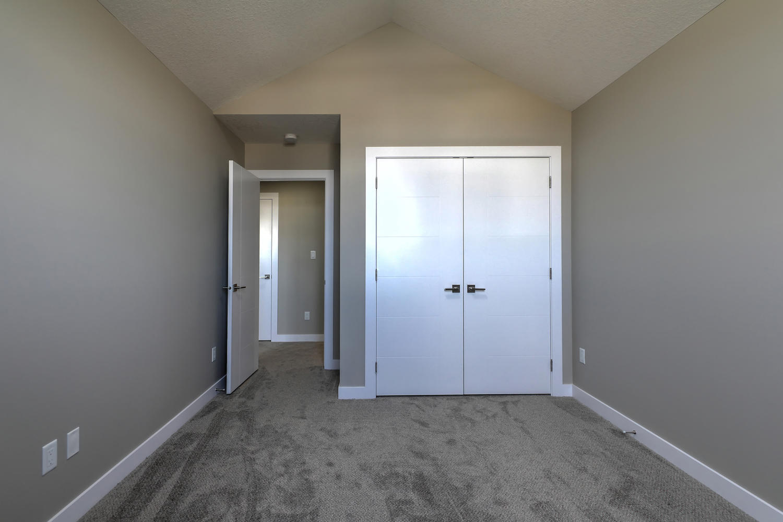 9603 106 Ave Morinville AB T8R-large-045-63-Bedroom 2-1500x1000-72dpi.jpg