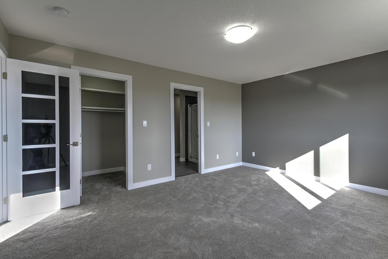 9603 106 Ave Morinville AB T8R-large-055-51-Master Bedroom-1500x1000-72dpi.jpg