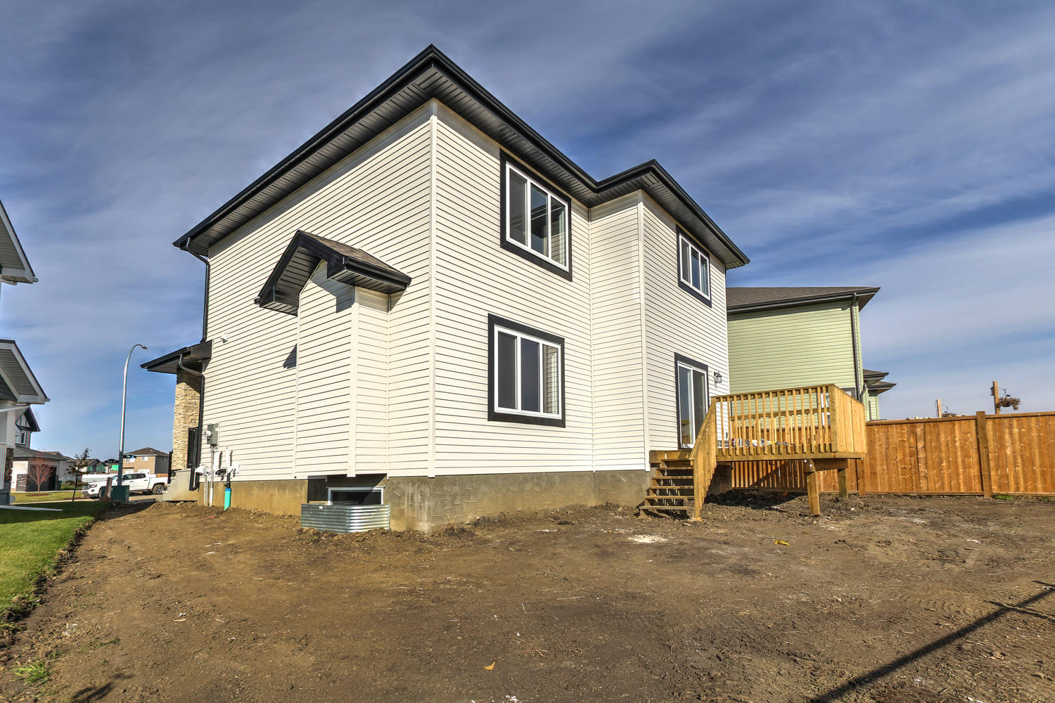 9603 106 Ave Morinville AB T8R-large-065-40-Back of House-1500x1000-72dpi.jpg