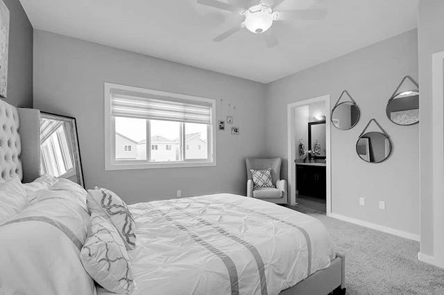 Townhomes in Leduc are great for  investment property, first time home buyers and families looking to downsize!!!! #leduc #leducrecreationcentre #leducrealestate #yegre #leducrealtor #realtorsofinstagram #edmonton #meadowview #beaumont