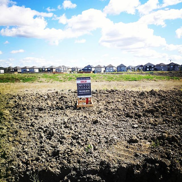 We are really excited to start these 2 beautiful custom homes for our clients in the community of Place Chaleureuse, Town of Beaumont. The home comes with energy efficient & sustainable features. Want to know what energy efficient & sustainable features we offer? Contact us today to learn more! 🌲🌲 #townofbeaumont #sustainableliving #greenenergy #solarpanels #geothermalenergy #yegre