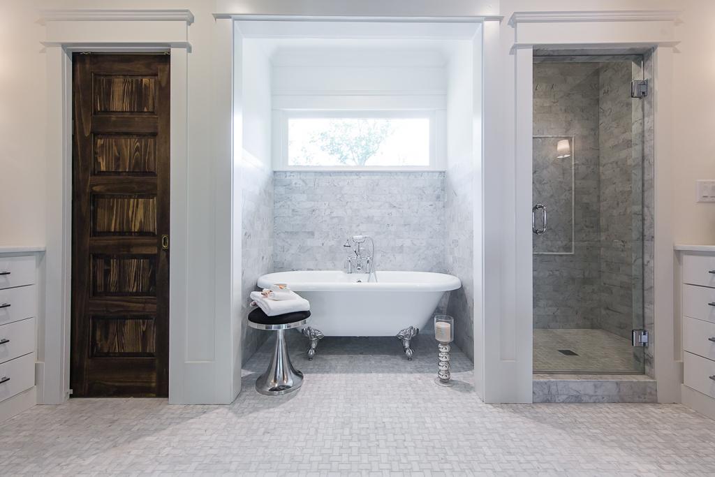 403 8th-Master Bath 1.jpg