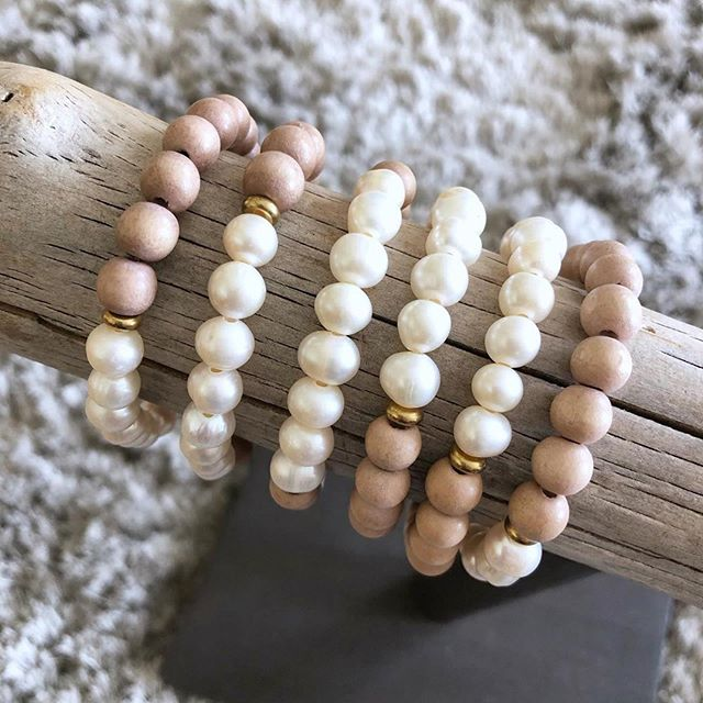 Pearl Stacks from @simplyquinns are on their way!  _______________________ Did you know that pearls are symbolic of wisdom, gained through experience? So basically, if you're a woman over 30, you should be dripping in pearls. Like, head to toe. For real. Call me. 🍋