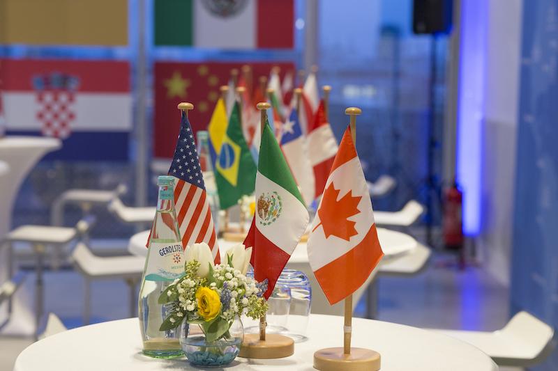 Außenministerkonferenz-Deko
