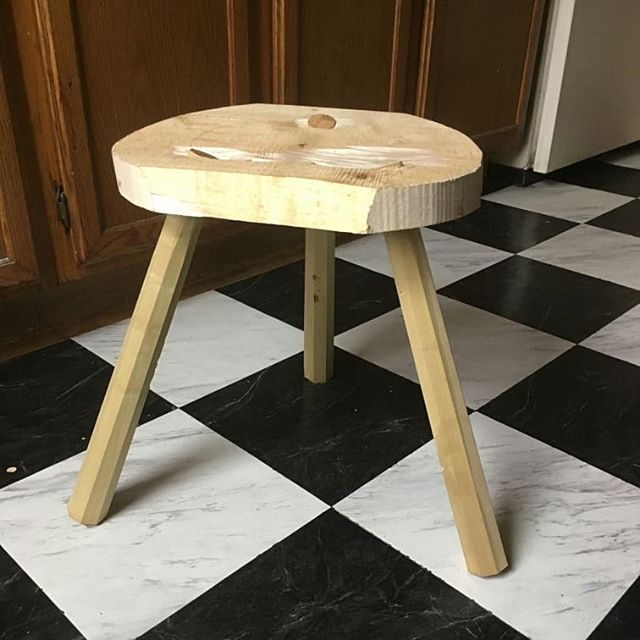 I have no shop so I'm building this stool in my apartment. Very limited, no adze, no mallets, no agressive sawing, major tearout etc.  #apartmentwoodworking #nyc #stool #furniture