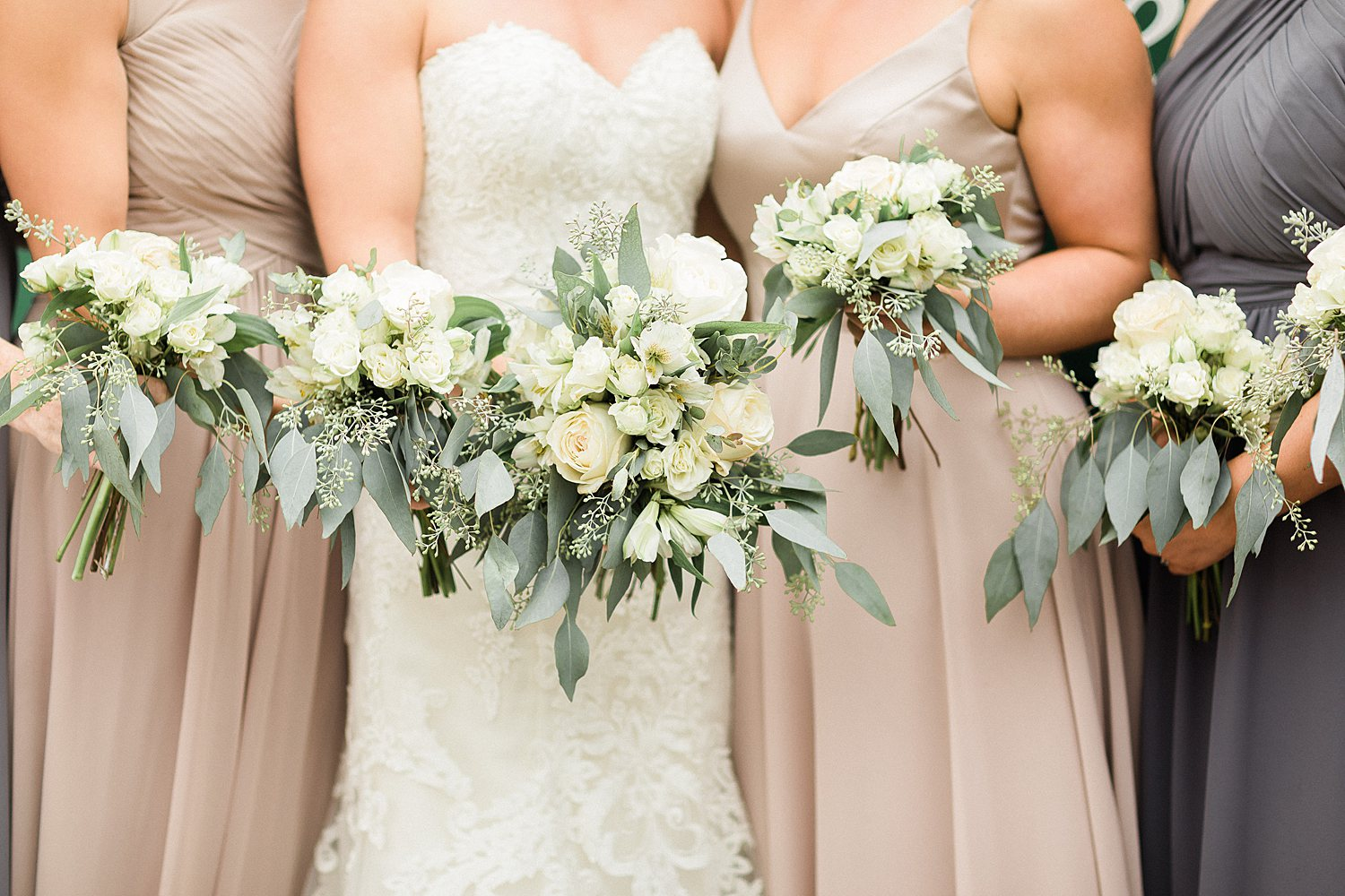 North_Central_Wisconsin_Event_Wedding_Venues_Fall_Weddings_The_Bailiwick_Venue_James-Stokes-Photography040.jpg