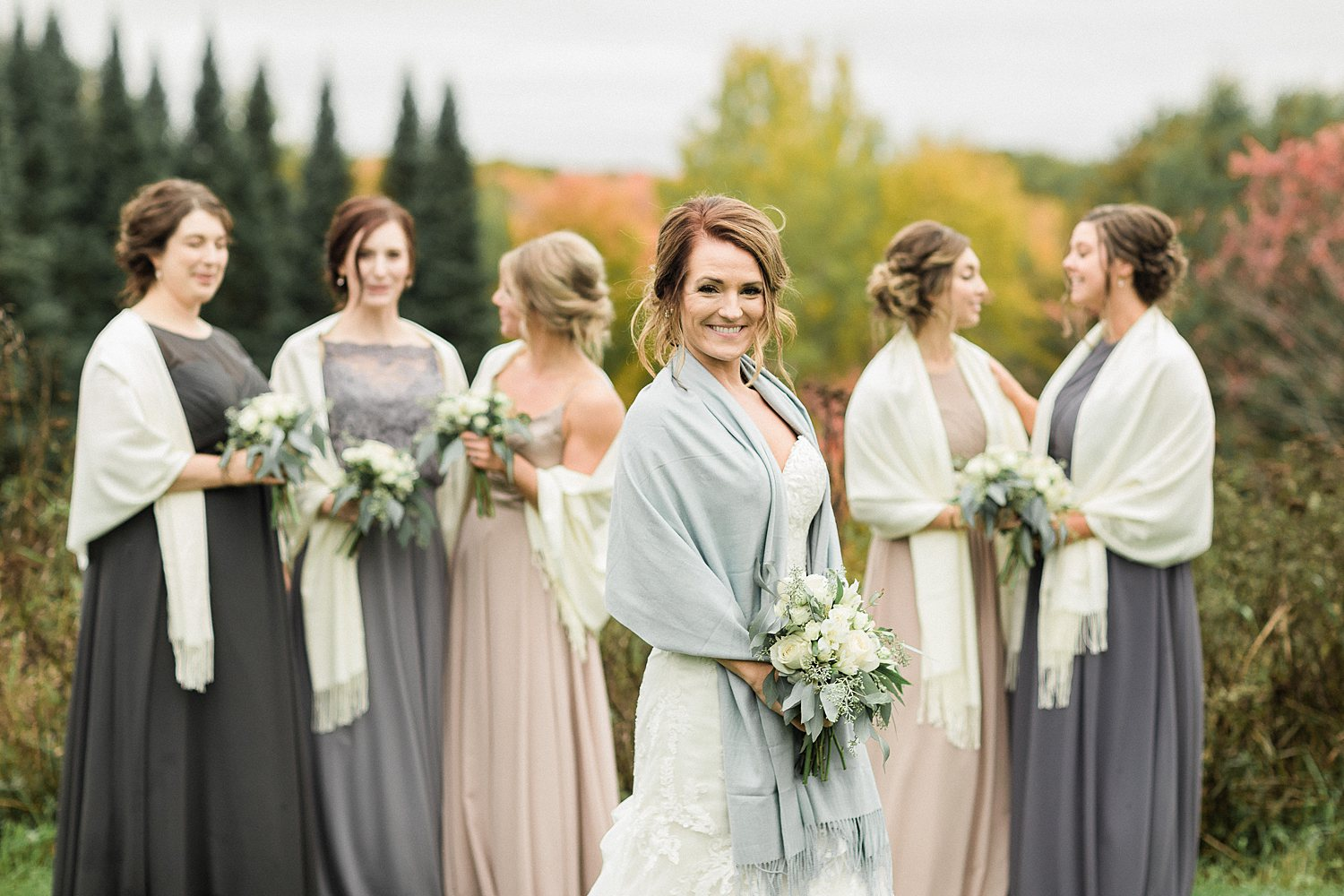 North_Central_Wisconsin_Event_Wedding_Venues_Fall_Weddings_The_Bailiwick_Venue_James-Stokes-Photography042.jpg
