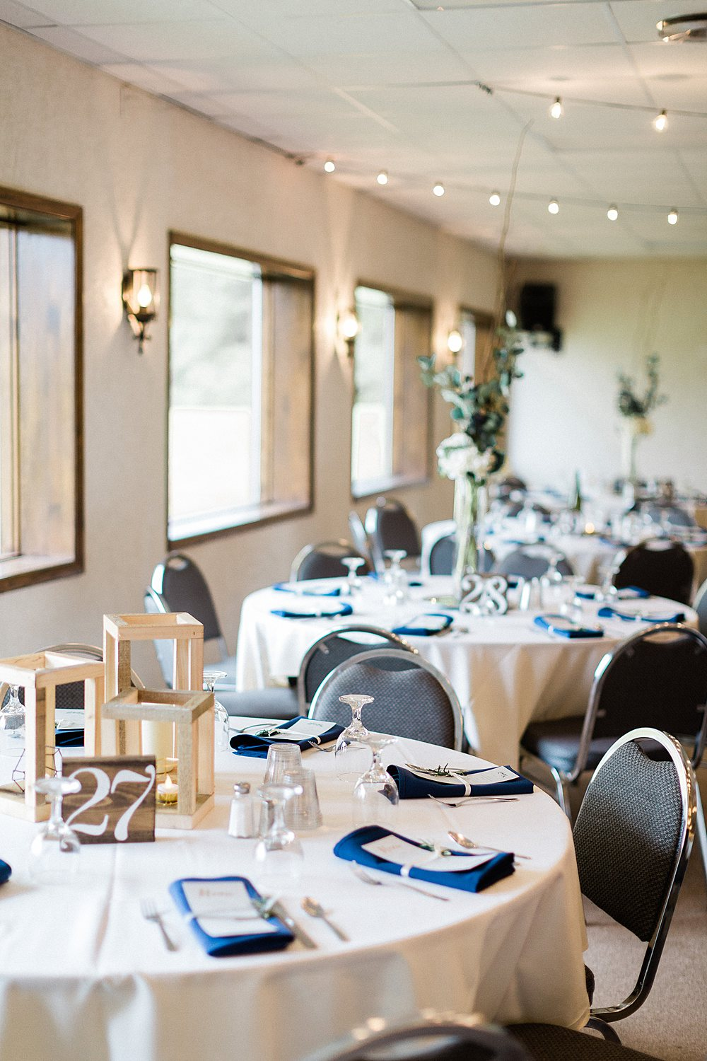 North_Central_Wisconsin_Event_Wedding_Venues_Fall_Weddings_The_Bailiwick_Venue_James-Stokes-Photography050.jpg