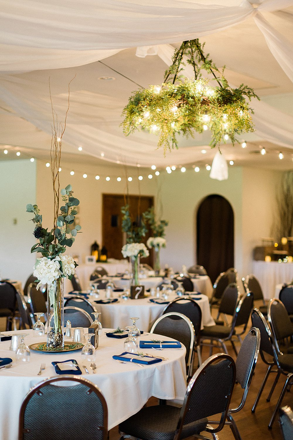 North_Central_Wisconsin_Event_Wedding_Venues_Fall_Weddings_The_Bailiwick_Venue_James-Stokes-Photography052.jpg