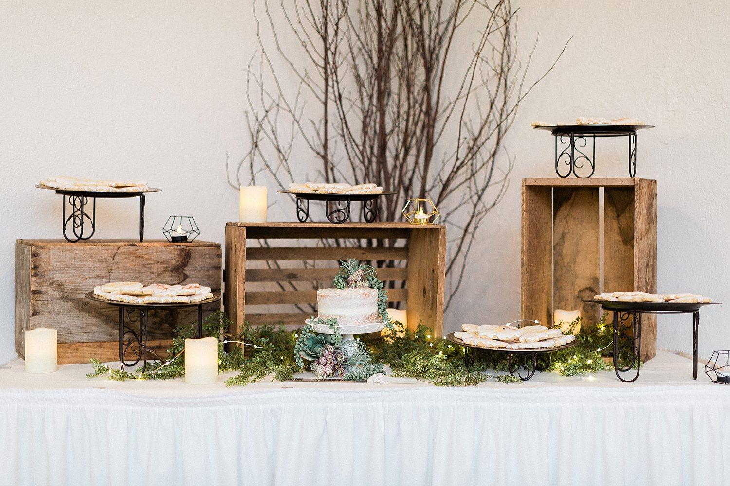 North_Central_Wisconsin_Event_Wedding_Venues_Fall_Weddings_The_Bailiwick_Venue_James-Stokes-Photography057.jpg