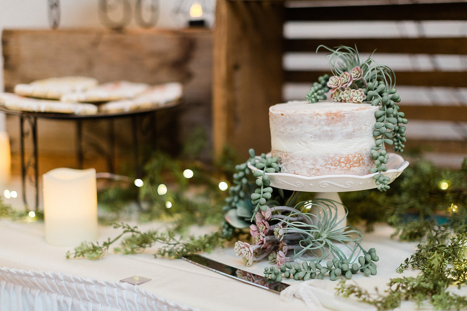 North_Central_Wisconsin_Event_Wedding_Venues_Fall_Weddings_The_Bailiwick_Venue_James-Stokes-Photography059.jpg