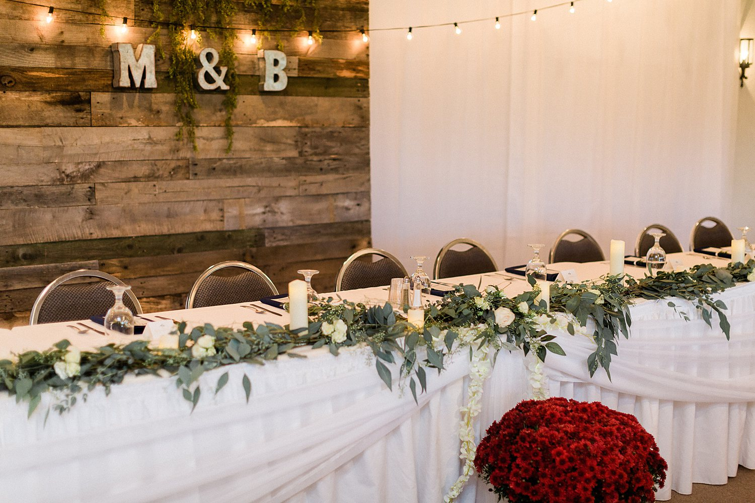 North_Central_Wisconsin_Event_Wedding_Venues_Fall_Weddings_The_Bailiwick_Venue_James-Stokes-Photography062.jpg