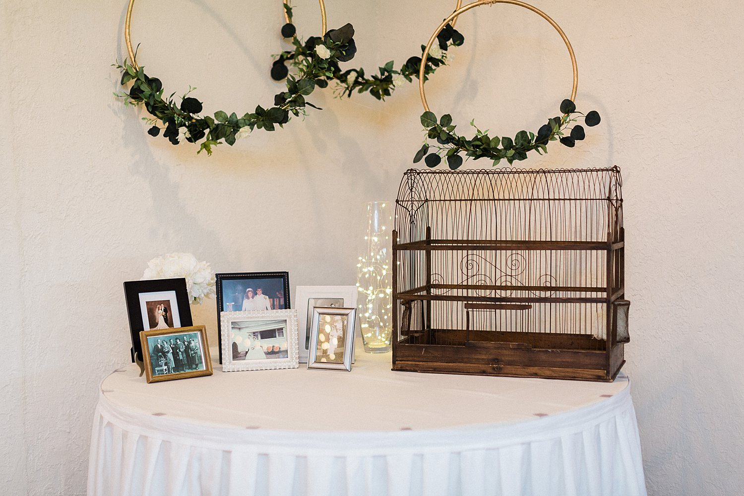 North_Central_Wisconsin_Event_Wedding_Venues_Fall_Weddings_The_Bailiwick_Venue_James-Stokes-Photography065.jpg