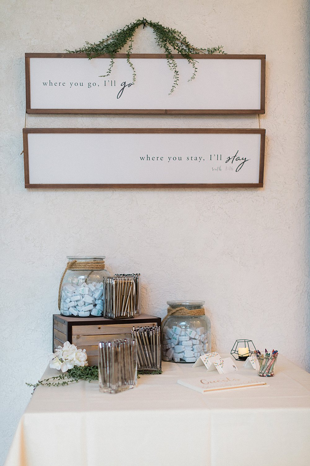 North_Central_Wisconsin_Event_Wedding_Venues_Fall_Weddings_The_Bailiwick_Venue_James-Stokes-Photography068.jpg