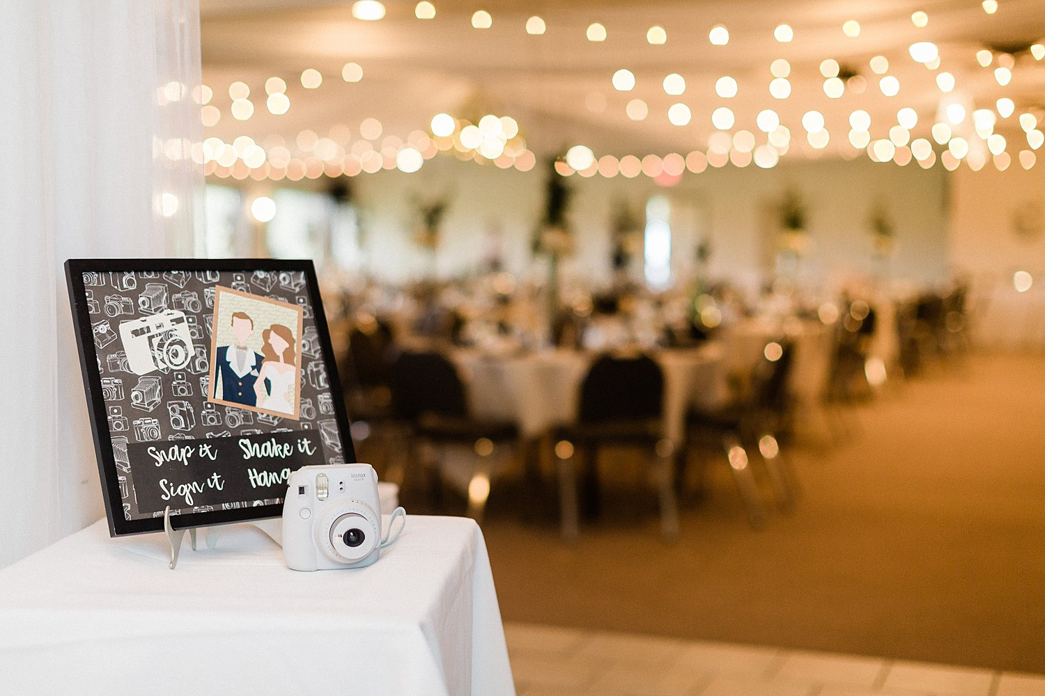 North_Central_Wisconsin_Event_Wedding_Venues_Fall_Weddings_The_Bailiwick_Venue_James-Stokes-Photography072.jpg